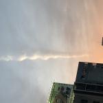 福岡市の中洲で竜巻雲