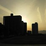 これがただの飛行機雲に見えますか?