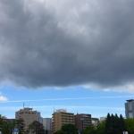 札幌で帯状の雲